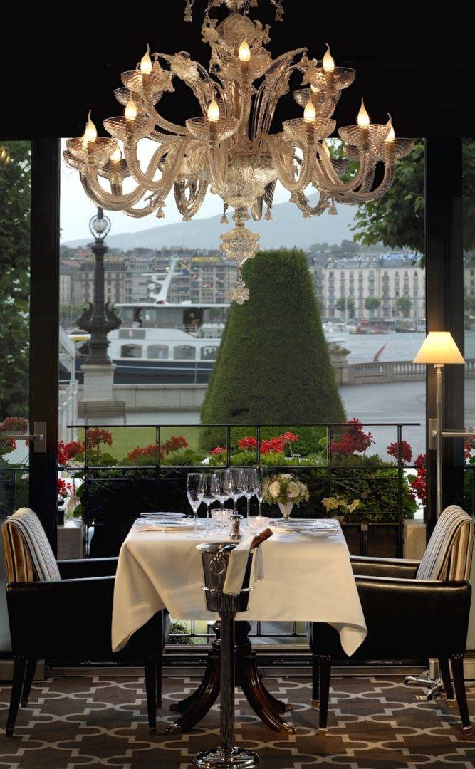 geneve--restaurant-windows-geneva-0-p03