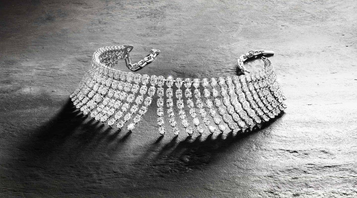 st-barth--shopping-messika-joaillerie-miss-monroe-necklace-gold-and-diamonds-min