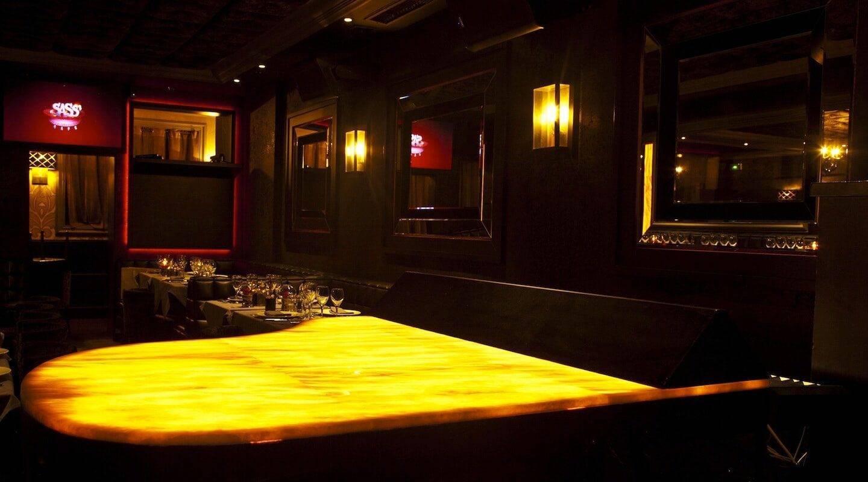 monaco-restaurant-piano-min