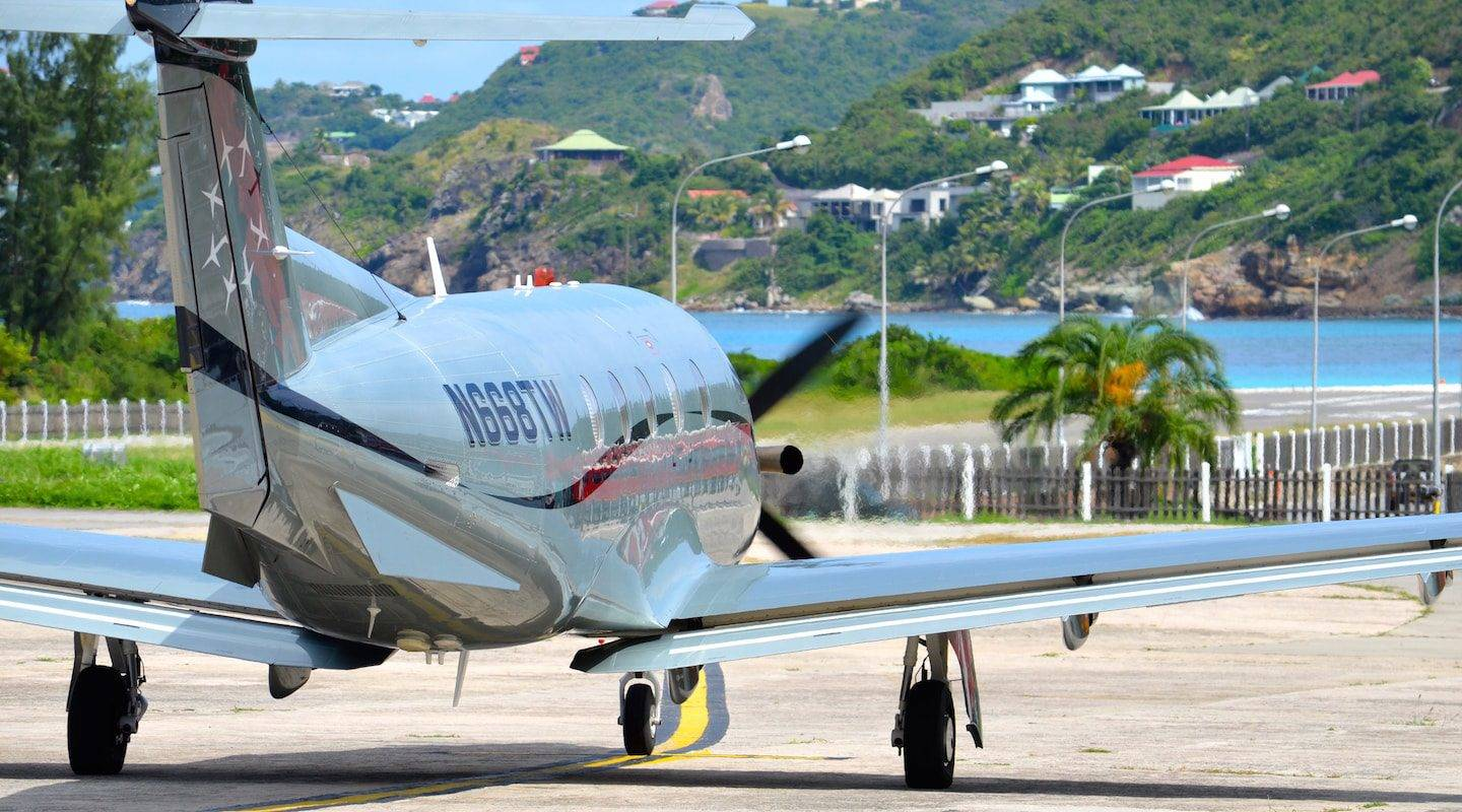 st-barth--service-1-copie-min