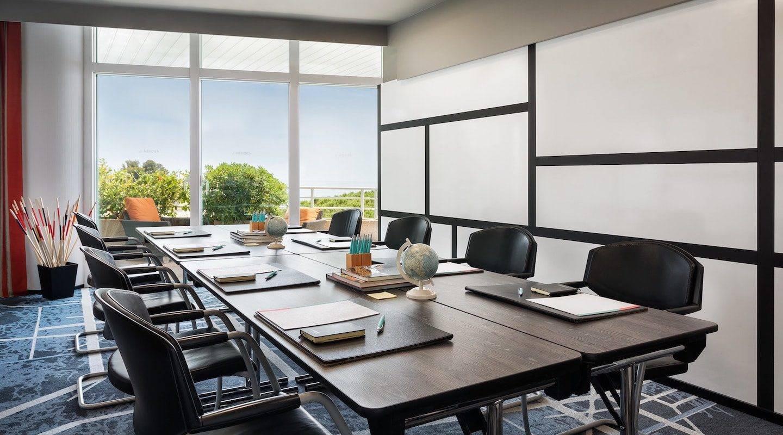 monaco--hotel-creative-meeting-min
