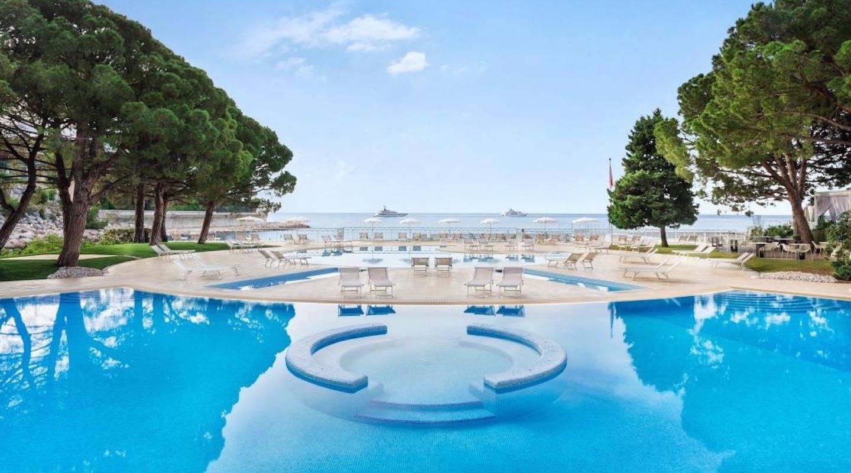 monaco--hotel-pool-le-meridien-monaco-min