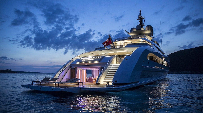 monaco--service-photo-superyacht-oceanco-guillaume-plisson-min