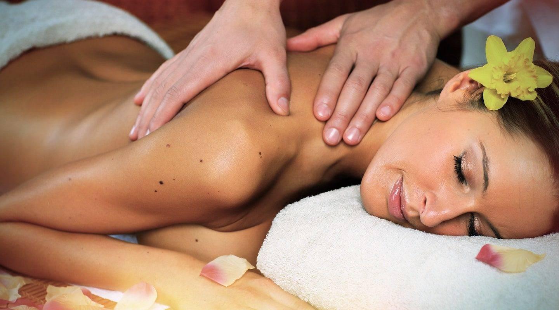 monaco-service-beautiful-woman-having-massage-min-0