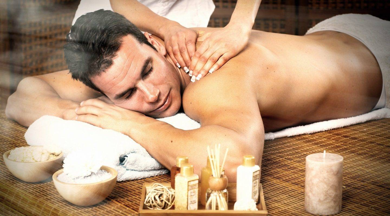 monaco-service-man-having-massage-min