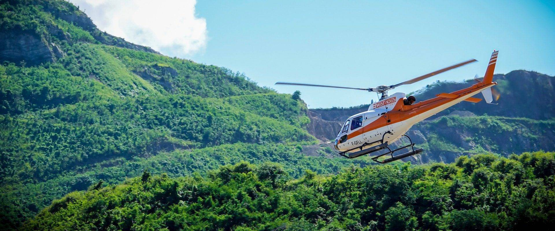 8-West-Indies-Helicoptere-St-Barth